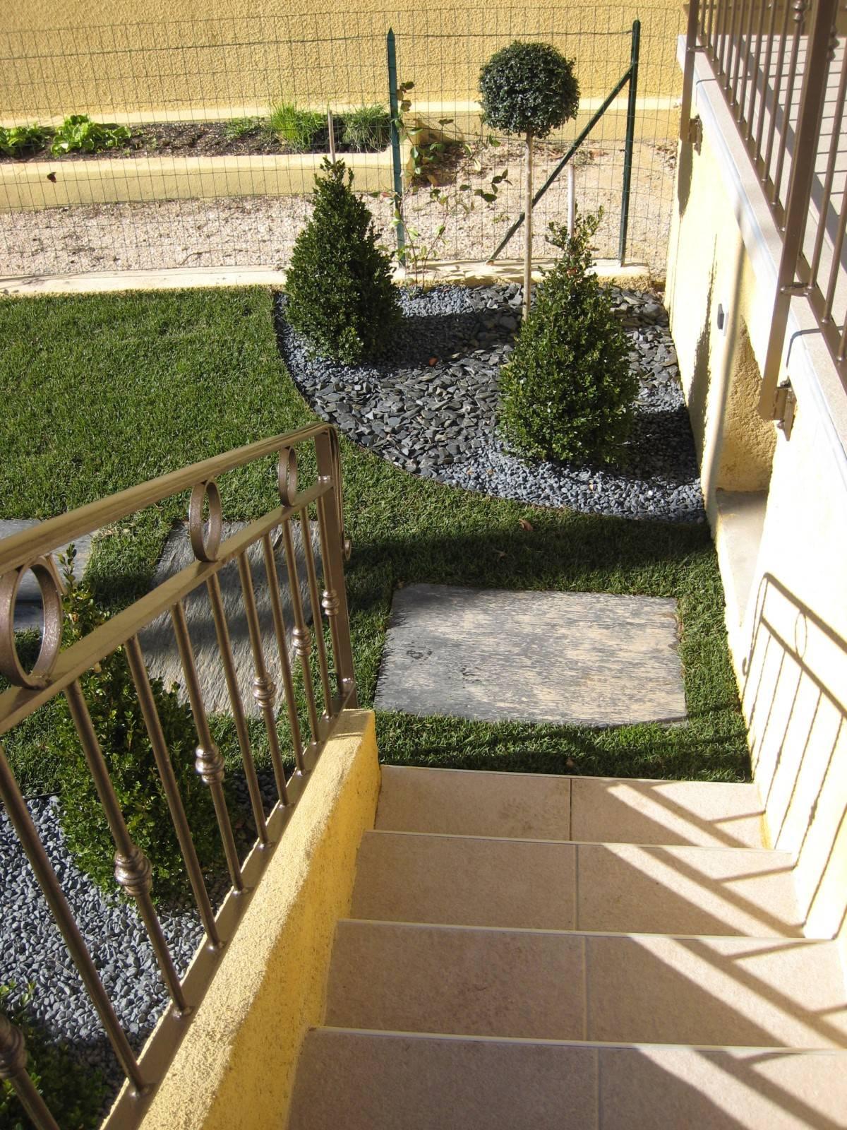 Amenagement d\'un jardin contemporain Eguilles 13510 - AMENAGEMENT ...